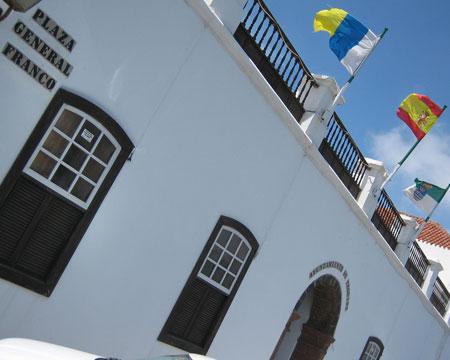 El nombre de Franco todav�a perdura en una importante calle de Teguise, antigua capital de Lanzarote.