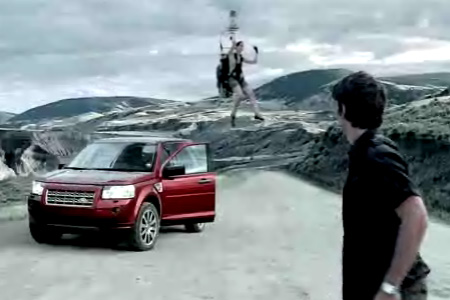 "Spot Land Rover Freelander 2, ""Cloud Hop"" Globo"