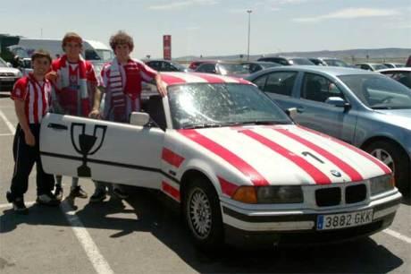 athletic bmw rojiblanco coche